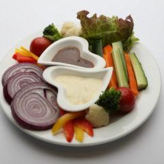 季節のお野菜と自家製ディップ/¥1,180